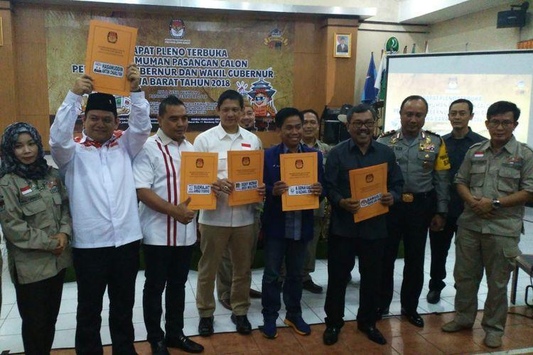 Komisi Pemilihan Umum (KPU) Jawa Barat menetapkan Pilkada Jawa Barat 2018 diikuti oleh empat pasangan calon gubernur dan wakil gubernur.