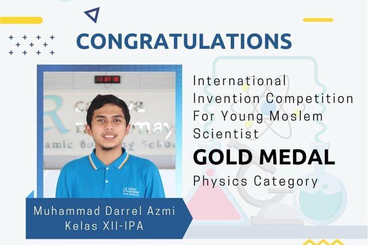 Muhammad Darrel siswa Cahaya Rancamaya Islamic Boarding School meraih medali emas bidang fisika di ajang International Invention Competition for Young Moslem Scientist (I2CYMS) 2021 pada 4 Juli 2021.
