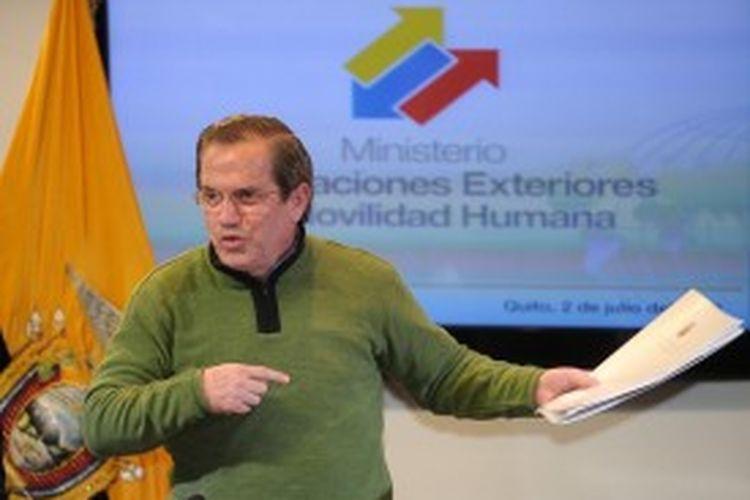 Menteri Luar Negeri Ekuador Ricardo Patino.