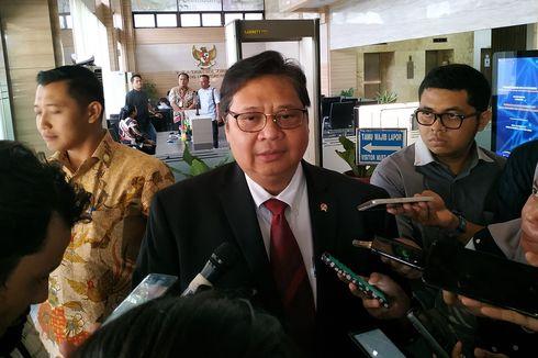 Airlangga Minta Kementerian Serap Cangkul Buatan Indonesia