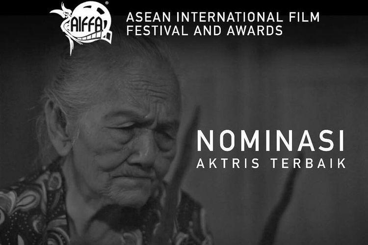 Mbah Ponco Sutiyem dinominasikan sebagai aktris terbaik dalam ASEAN International Film Festival and Awards (AIFFA) 2017 berkat aktingnya dalam film Ziarah.