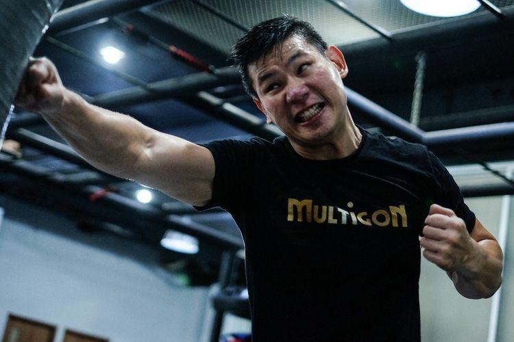 Atlet Mixed Martial Art (MMA) One Pride Rudy Gunawan tengah bersiap diri merebut kembali supremasi di kelas welter MMA One Pride. Rudy berjulukan Si Raja KO.
