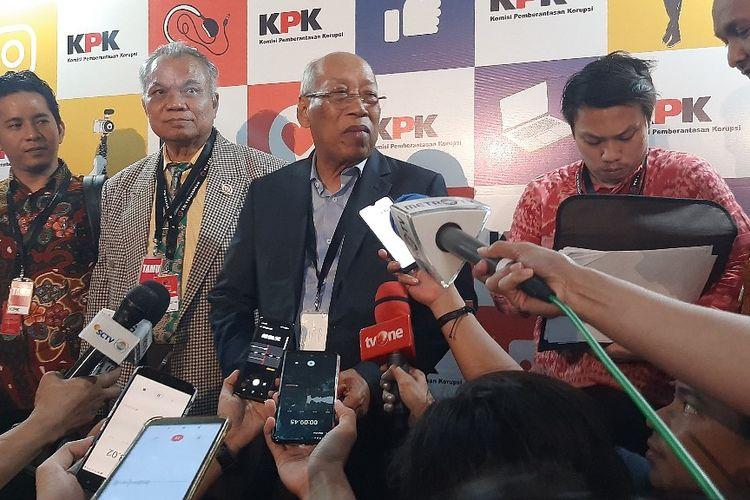 Anggota Tim Hukum PDI-P I Wayan Sudirta di Gedung ACLC KPK setelah bertemu dengan Dewan Pengawas KPK, Kamis (16/1/2020).