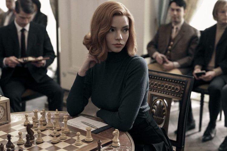 Anya Taylor-Joy berperan sebagai Beth Harmon di serial The Queens Gambit.
