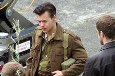Harry Styles Berambut Cepak Jalani