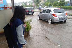 Hujan Guyur Kota Bekasi, Jalan Depan Polsek Jatisampurna Terendam