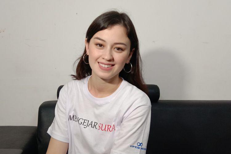 Kimberly Ryder menghadiri syukuran film Mengejar Surga di Dreamland Studio, Cilandak Timur, Jakarta Selatan, Rabu (24/4/2019).