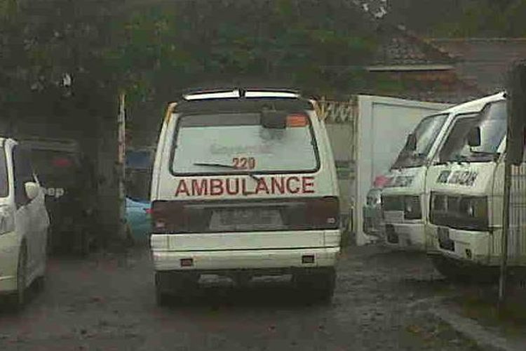 Mobil ambulan di Rumah Sakit Hasan Sadikin (RSHS)