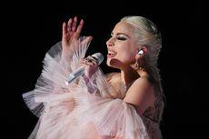 Lady Gaga Rambah Dunia Kosmetik