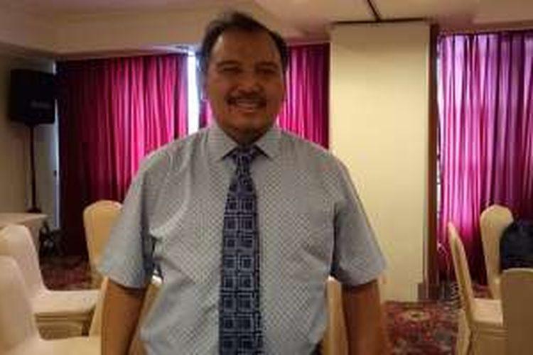 Dimitri Mahayana, CEO Sharing Vision, saat ditemui KompasTekno di Jakarta, Kamis (1/12/2016)