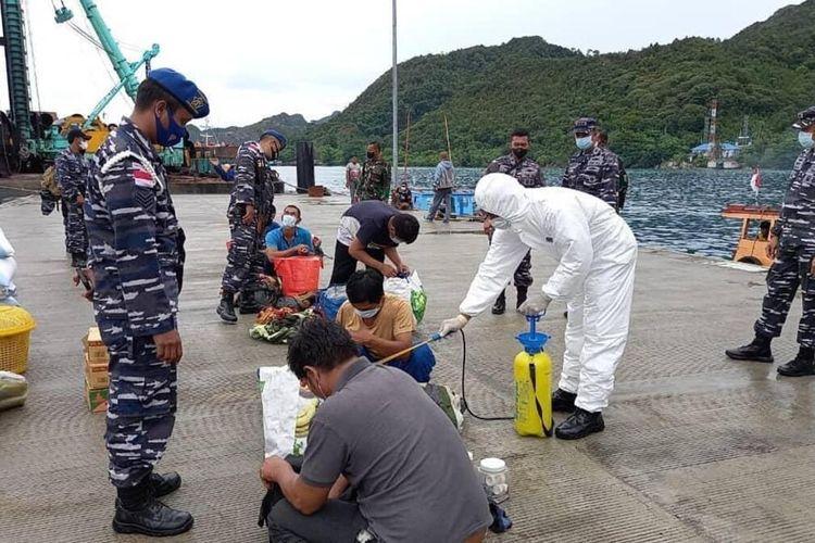 Aksi pencurian ikan di periaran Indonesia, tepatnya di Perairan Natuna, Kepulauan Riau (Kepri) kembali terjadi. Kali ini pencurian tersebut dilakukan oleh kapal ikan asing (KIA) asal Vietnam. KIA Vietnam berlambung MV. TG 91115 TS dengan tujuh anak buah kapal (ABK) tertangkap oleh KRI Kerambit-627 di utara perairan Natuna.
