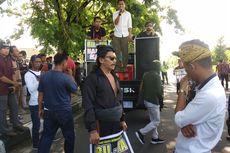 Warga Lombok Tengah Demo Tolak Perubahan Nama Bandara