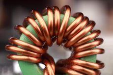 Menentukan Induksi Magnetik di Tengah-Tengah Solenoida