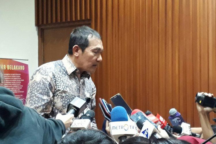 Wakil Ketua Komisi Pemberantasan Korupsi Saut Situmorang, Jumat (10/11/2017)