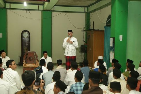 Gubernur Banten Ajak Ratusan Santri Doa Bersama untuk Almarhum Habibie