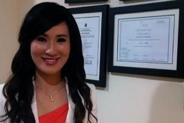 Olivia Ong memberikan pilihan perawatan kulit untuk cantik instan tanpa bedah.