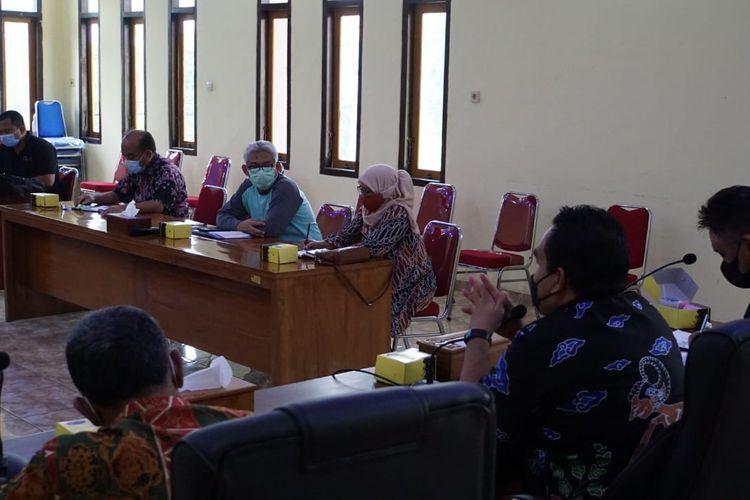 Bupati Blora, Arief Rohman kumpulkan para direktur rumah sakit ke kantornya, Jumat (18/6/2021)