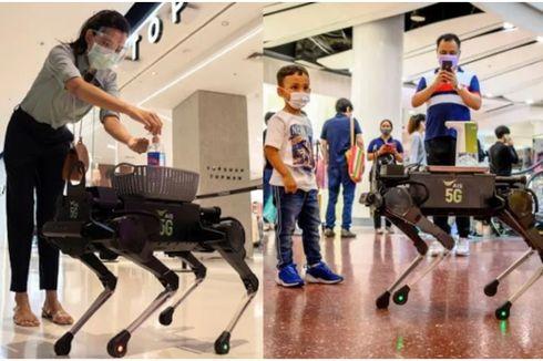 Robot Anjing Berikan Hand Sanitizer kepada Pengunjung Mal di Thailand