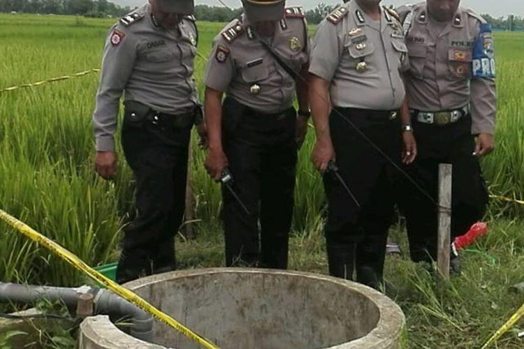 Petani di Magetan Jawa Timur ditemukan tewas didalam sumur berkedalaman 4 meter saat akan memperbaiki mesin pompa air.