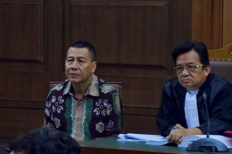 Atase Imigrasi KBRI Kuala Lumpur, Dwi Widodo, menjadi terdakwa di Pengadilan Tipikor Jakarta, Rabu (16/8/2017).