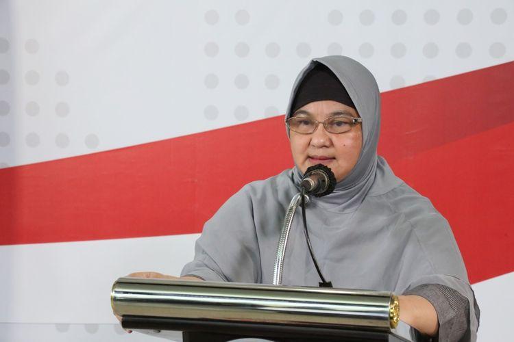 Dokter spesialis paru Erlina Burhan dalam konferensi pers Gugus Tugas Percepatan Penanganan COVID-19 di Graha BNPB, Jakarta, Rabu (1/4/2020).