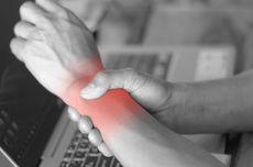 9 Penyebab Pergelangan Tangan Sakit yang Perlu Diwaspadai