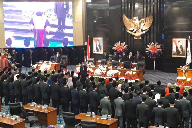 Pelantikan Anggota DPRD DKI periode 2019 - 2024 Jakarta di Ruang Paripurna, Gedung DPRD DKI Jakarta, Senin (26/8/2019)