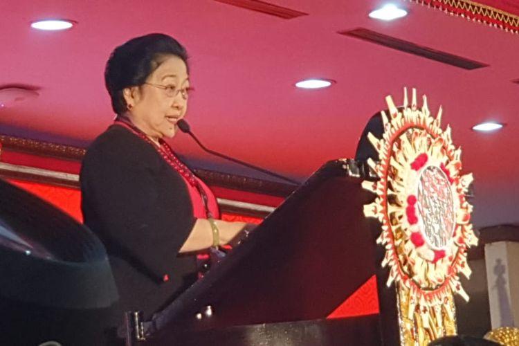Ketua Umum PDI-P Megawati Soekarnoputri saat menyampaikan pidato politik di Kongres V PDI-P di Bali, Kamis (8/8/2019).