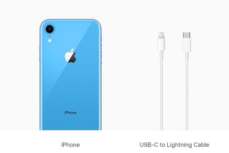 Pembelian Phone 11, iPhone XR, dan iPhone SE 2020 tak lagi dilengkapi dengan kepala (adapter) charger dan earphone