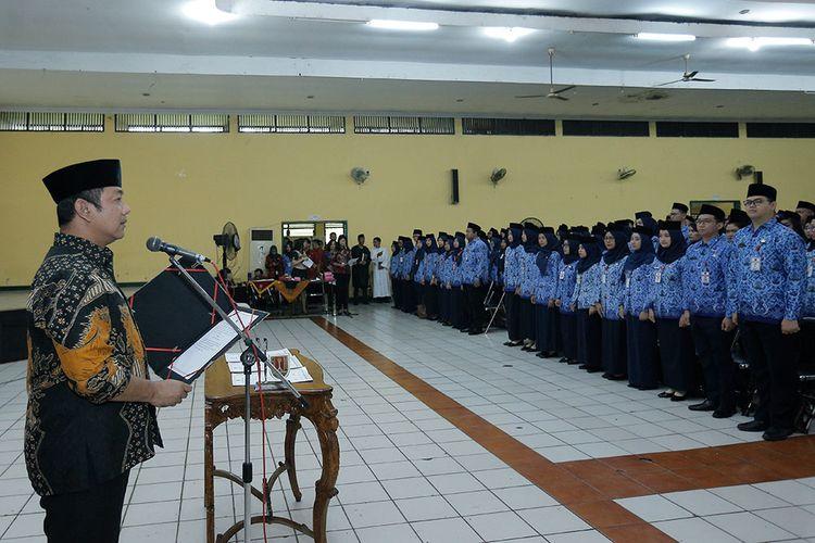 Wali Kota Semarang Hendrar Prigadi membacakan sumpah janji CPNS menjadi PNS Pemerintah Kota Semarang di Gedung Taman Budaya Raden Shaleh (TBRS).