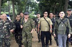 Empat Pengawal Duterte Terluka akibat Ditembak Pemberontak Komunis
