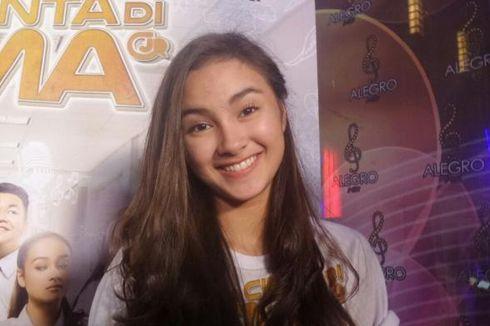 Lirik dan Chord Lagu Sampaikan Sayangku untuk Dia - Iqbaal Ramadhan Ft. Caitlin Halderman