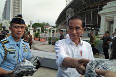 Curhat pada Jokowi Soal Satpol PP, Penjual Es Degan: Tenda dan Termos Saya Diambil