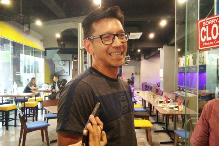 Direktur PT Persib Bandung Bermartabat, Teddy Tjahyono, saat ditemui di Graha Persib, Jalan Sulanjana, Kamis (19/7/2018).