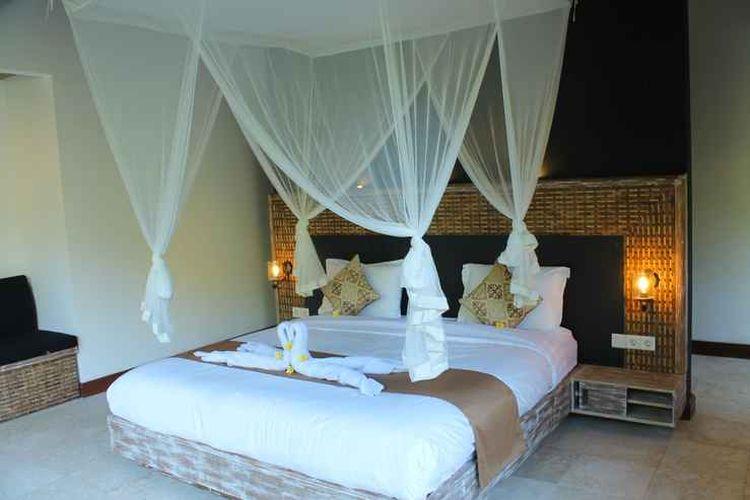 Kamar tipe Suite di penginapan Tirta Loka Suite, Tegallalang, Bali.