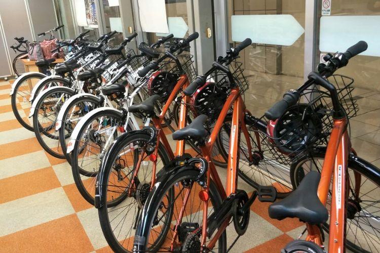 Sepeda yang disewakan secara gratis di Stasiun Sepeda Harima, Kota Himeji, Prefektur Hyogo, Jepang. Foto diambil Senin (5/3/2018).