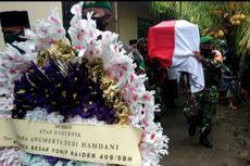 Ibunda Menangis dan Pingsan di Pemakaman Pratu Dedi Hamdani: Jangan Halangi, Saya Ingin Melihat Dia