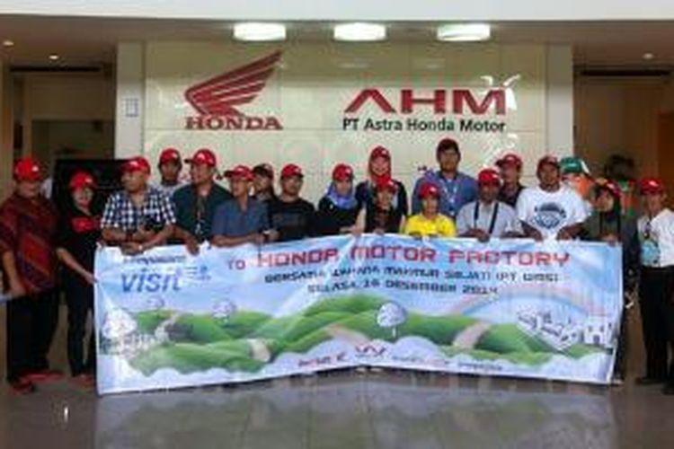 Kunjungan blogger Kompasiana ke pabrik AHM