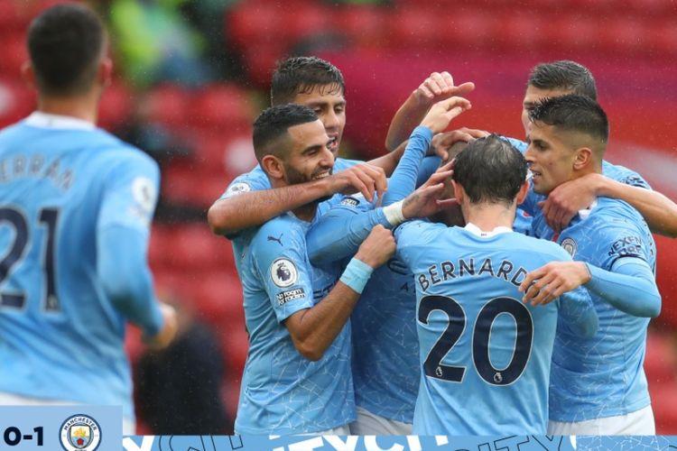 Para pemain Manchester City merayakan gol mereka ke gawang Sheffield United di Bramall Lane, Sabtu (31/10/2020).