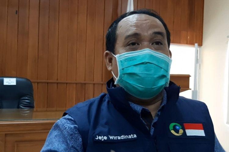 Bupati Pangandaran Jeje Wiradinata menjelaskan penghentian isolasi khusus bagi pemudik. Namun pendatang ke Pangandaran wajib membawa surat sehat.