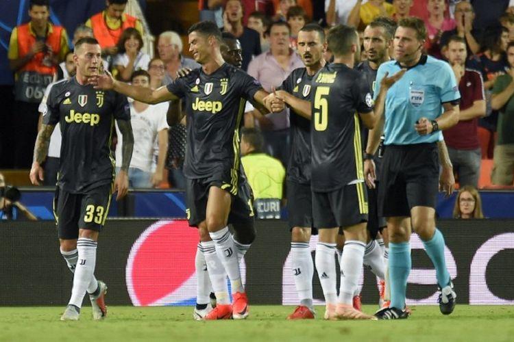 Cristiano Ronaldo mendapat kartu merah pada laga Valencia vs Juventus dalam matchday 1 Liga Champions di Stadion Mestalla, 19 September 2018.