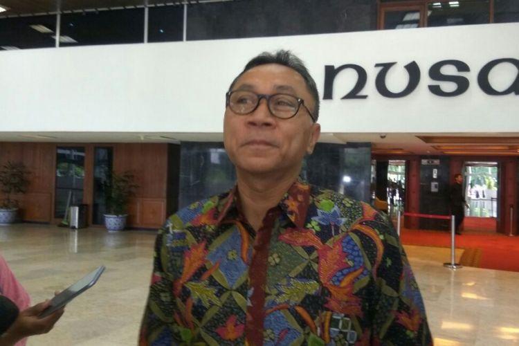 Ketua MPR RI Zulkifli Hasan di Kompleks Parlemen, Selasa (28/11/2017).