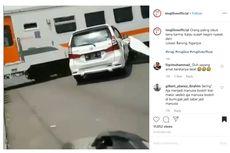 Viral Mobil Tersambar Kereta Api di Nganjuk, Ini Penjelasannya