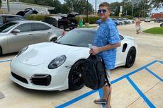 Pria Ini Beli Porsche Seharga Rp 2 Miliar Pakai Cek yang Dicetak di Rumahnya