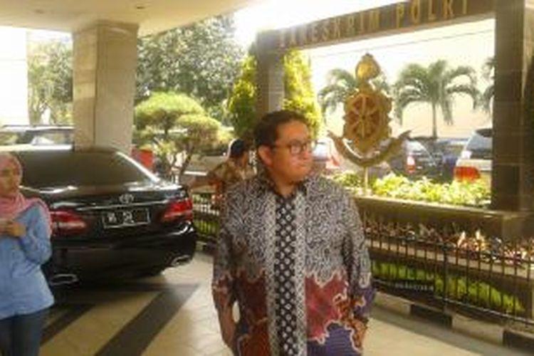 Wakil Ketua DPR Fadli Zon mendatangi Gedung Bareskrim Polri, Kebayoran Baru, Jakarta Selatan, Jumat (31/10/2014).