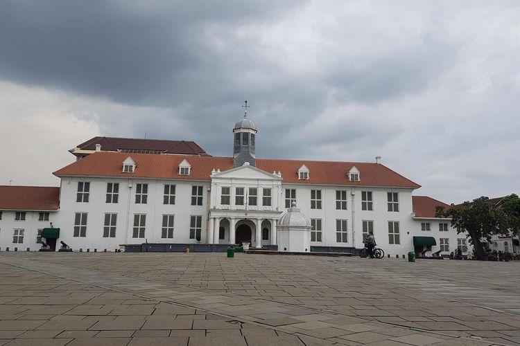Suasana objek wisata Kota Tua Jakarta di masa pandemi