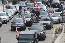 Patuhi Social Distancing, Demonstran Lebanon Berunjuk Rasa Pakai Mobil
