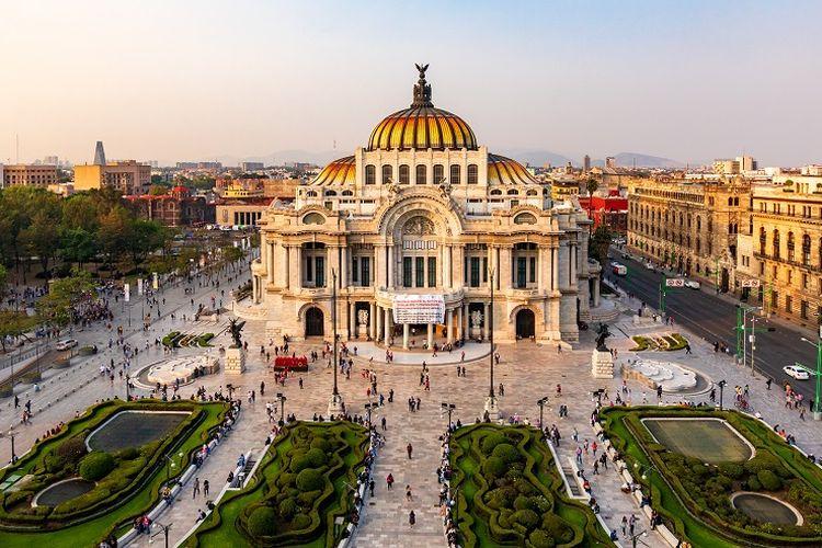 Ilustrasi Meksiko - Palacio De Bellas Artes.