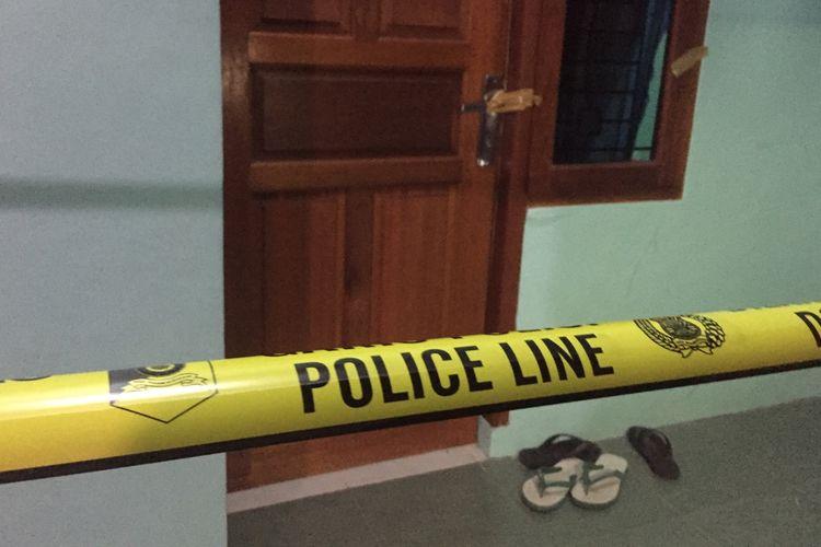 Rumah penggeledahan, diSasak 2, Gang  Musholla Al-Amin RT 03  RW 07, Kalimulya, Depok, Jawa Barat, Senin (20/5/2019).
