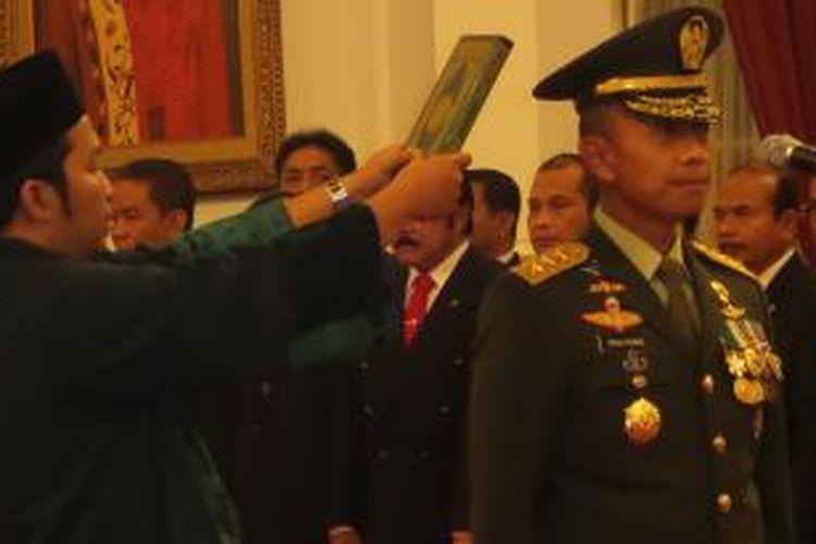 Letjen Mulyono dilantik menjadi Kepala Staf Angkatan Darat, Kamis (15/7/2015).